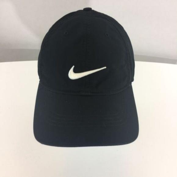 fc7471ccb1f Nike Golf Hat Cap Black. M 5bcbed350cb5aa6645bd2801